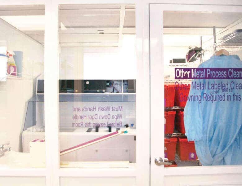 个无尘间是专用于服务White Knight理不同的制程的产品